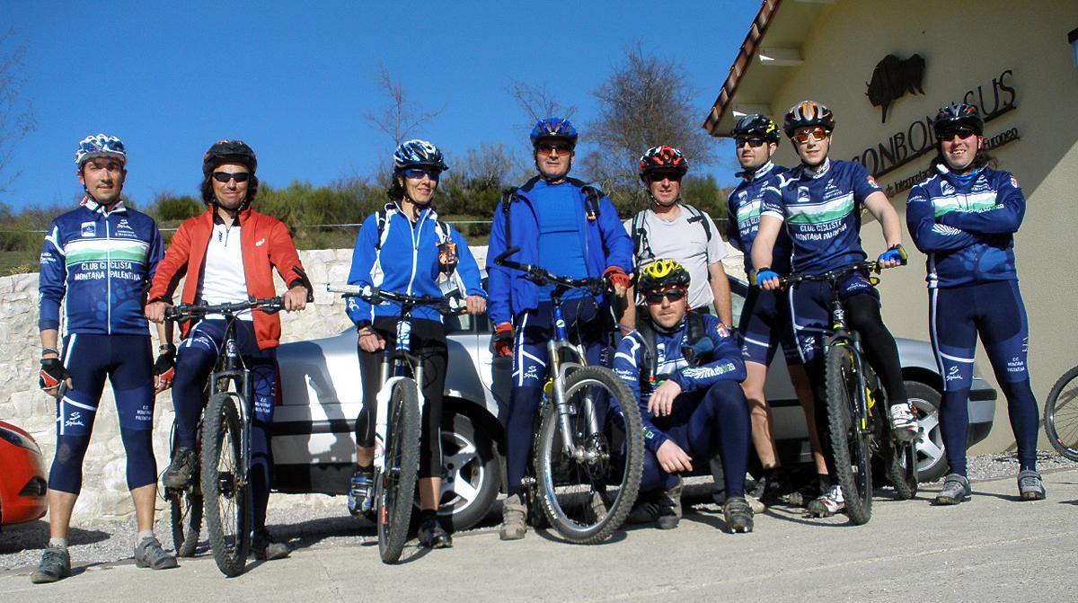 El Club completa sus primeros 34 kilómetros de la temporada cicloturista en su visita a la Reserva del Bisonte Europeo