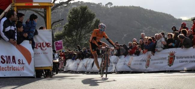 Igor Antón cruzaba la línea de meta en segunda posición. Foto: Equipo Euskatel-Euskadi,