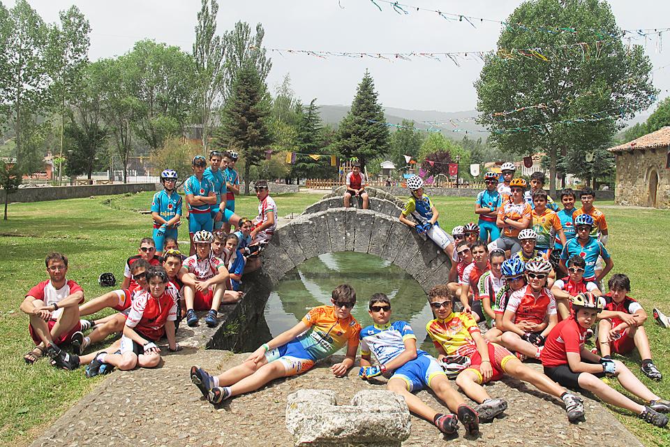 El Campus de Ciclismo escolar de Castilla y León vuelve a elegir a Cervera de Pisuerga como su sede
