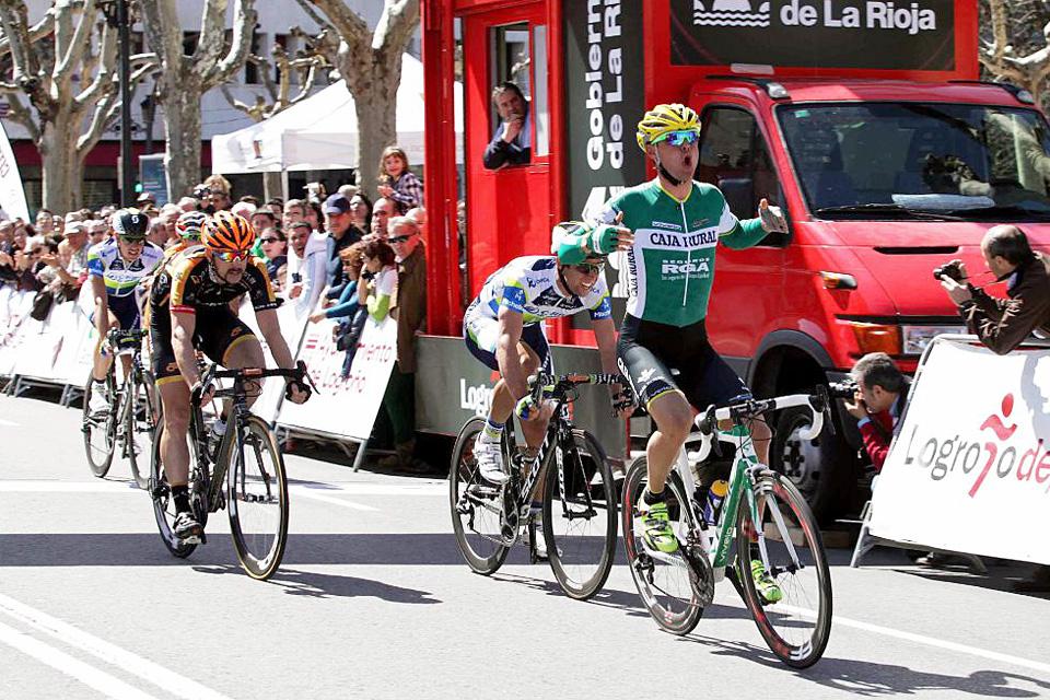 Francesco Lasca (Caja Rural-Seguros RGA) impone su ley en la llegada de la Vuelta a La Rioja