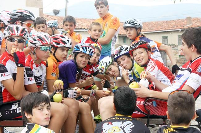 El Campus tiene como objetivo enseñar a los jóvenes deportistas una educación global basada en el compañerismo y la convivencia.