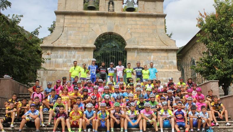 150 deportistas participan en nuestro Campus Nacional de Ciclismo base